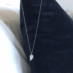 Jennifer Meyer white gold small leaf necklace